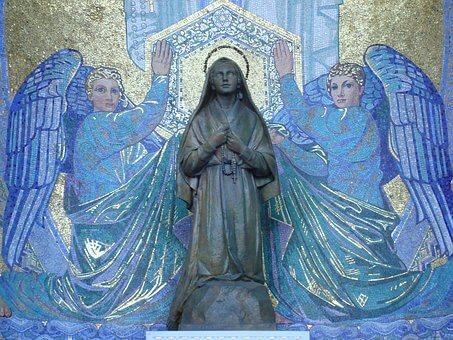 Patung Bunda Maria