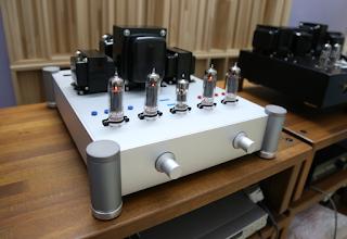 J&K Audio Design: EL84 Push Pull Tube Amplifier