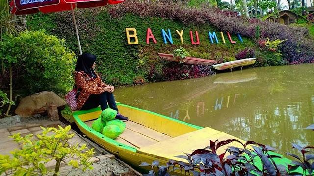 Danau Buatan di Wisata Banyu Mili Wonosalam