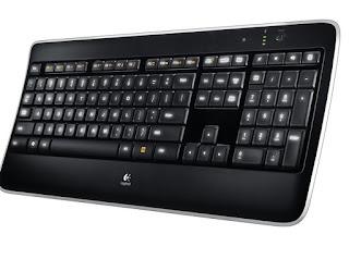Tastiera Logitech K800