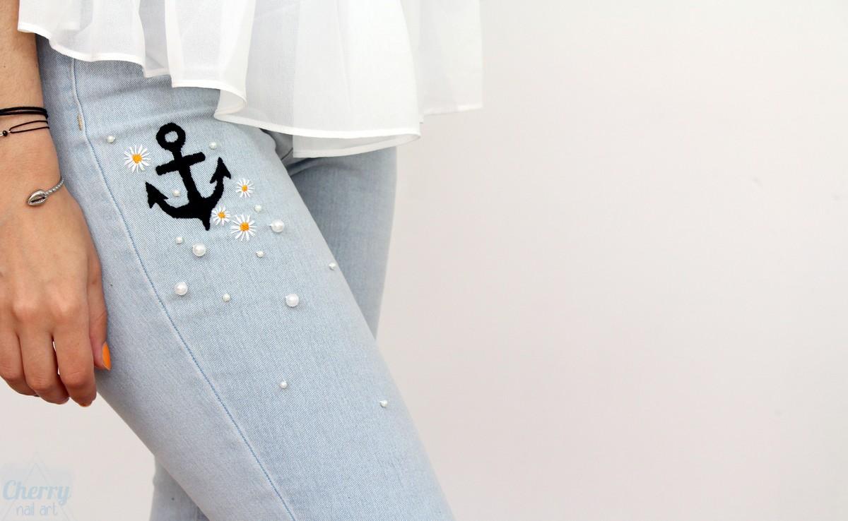 broderie-perles-jean-denim-ancre-fleurs