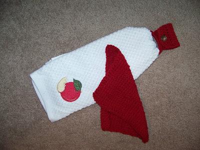 Crocheted Towel Holder   scriptureand.blogspot.com