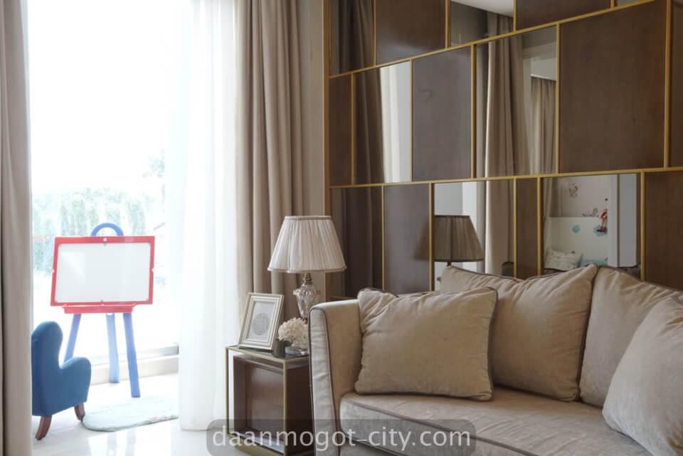 foto ruang tamu apartemen daan mogot city