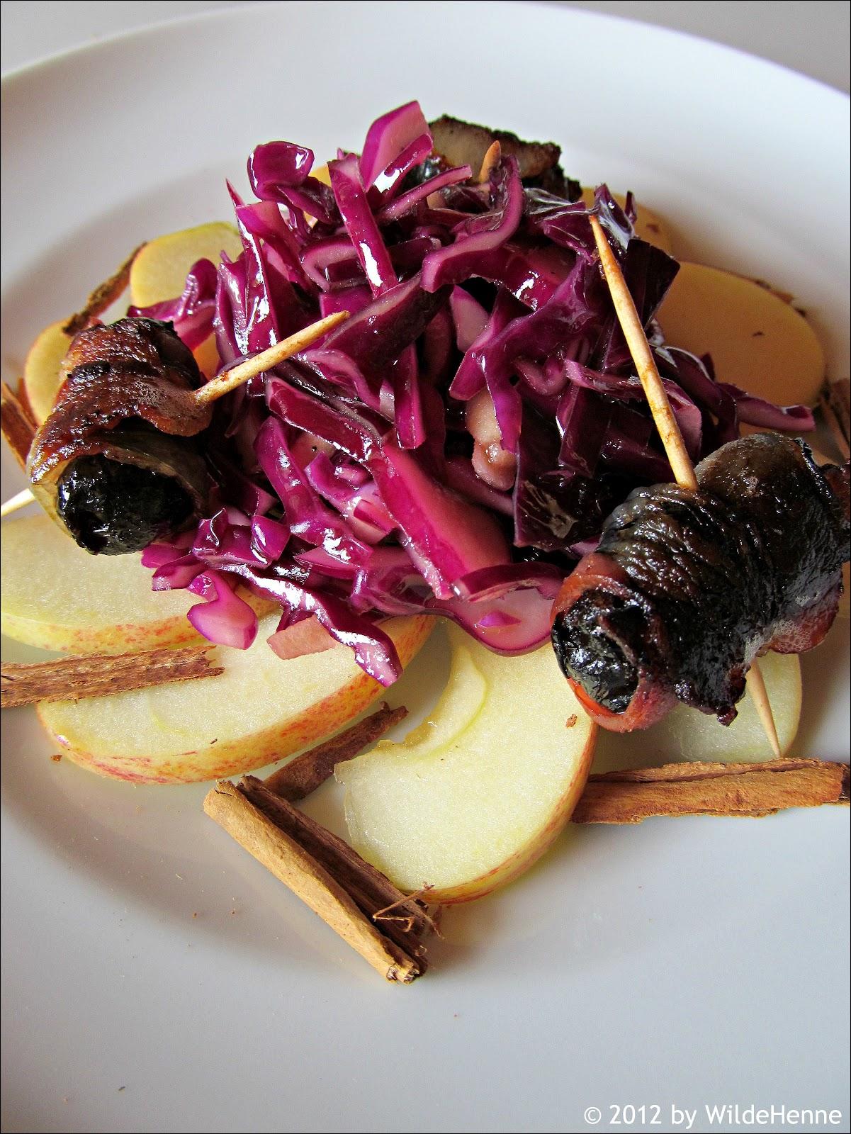 wildes poulet apfel rotkraut salat mit speckzwetschgen. Black Bedroom Furniture Sets. Home Design Ideas