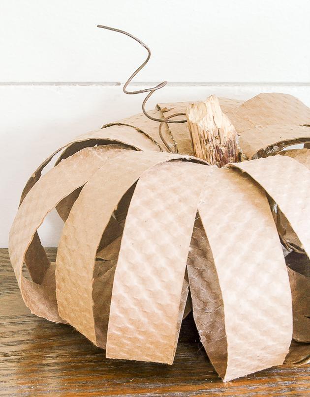 cardboard coffee cup sleeve pumpkins, diy pumpkins, pumpkins