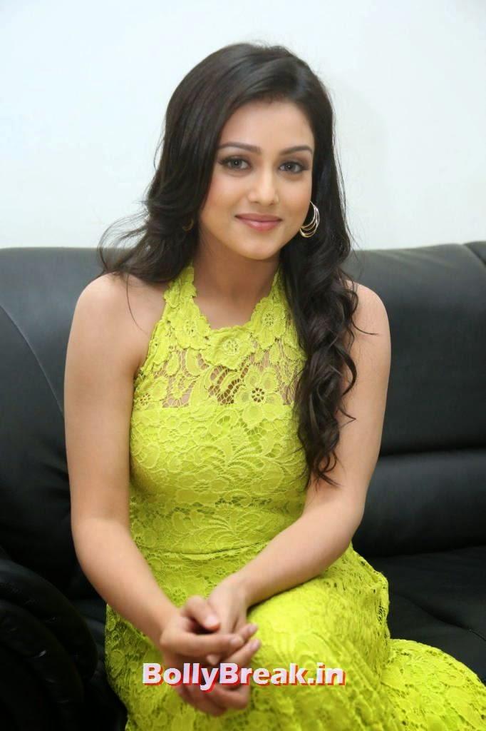 Tollywood Actress Mishti Chakraborty, Mishti Chakraborty hot Hd Images in Green Dress