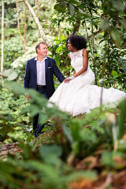 guadeloupe rivière Corossol les mariés posent