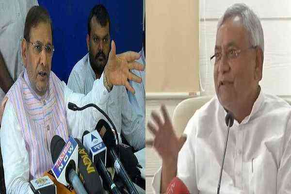 nitish-kumar-may-sack-sharad-yadav-for-anti-party-activity