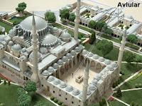Bir Süleymaniye Camisi maketindeki avluların kuş bakışı bir görüntüsü