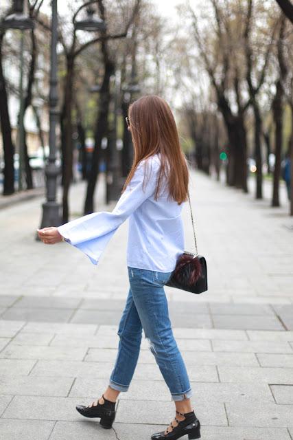 Blusa de rayas con mangas trompeta Zara SS 2016