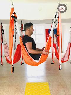 yoga aereo, yoga aerea, air yoga, aeroyoga, aerial yoga, yoga, pilates, fitness, ejercicio, deporte, rafael martinez, tendencias, cursos, clases, formacion, aeropilates, teacher training, acro, acrobatico