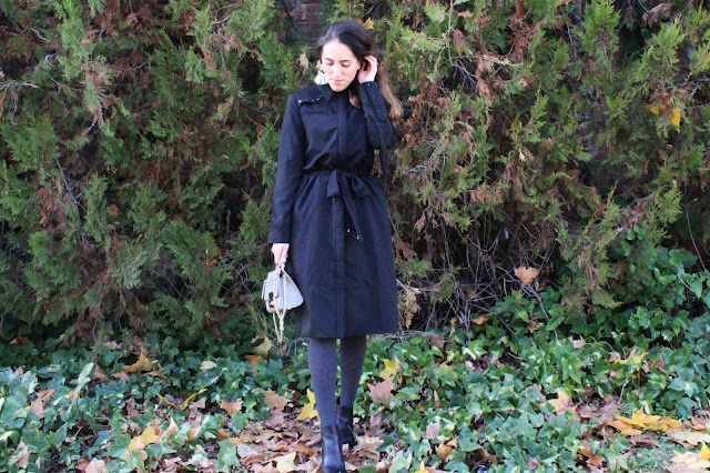 black trench outfit ideas