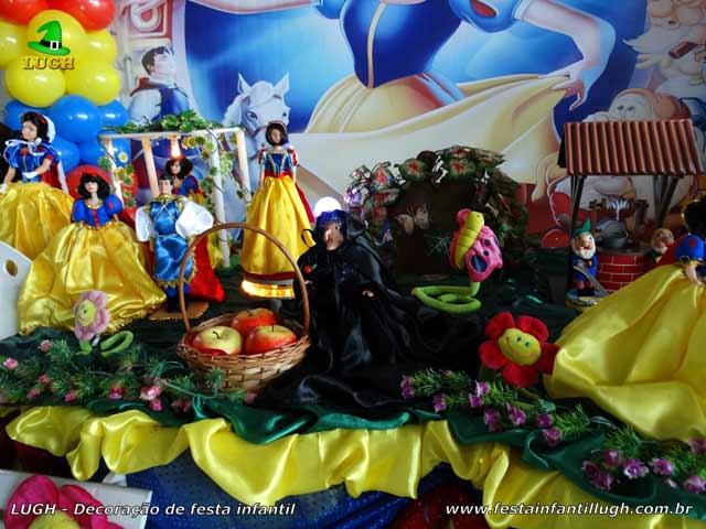 Mesa luxo de aniversário Branca de Neve para decoração de festa infantil
