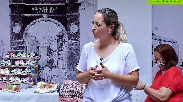 Susana Machín valora la buena acogida que está teniendo el punto de exposición y venta de artesanía de la Casa Salazar