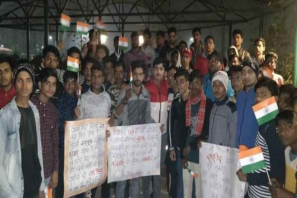 faridabad-sector-31-candle-march-against-pulwama-attack-kashmir