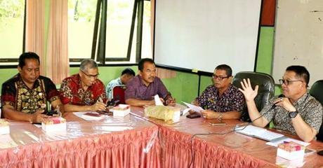 Jumat Pagi, Piala Adipura Diarak ke Balaikota Padang