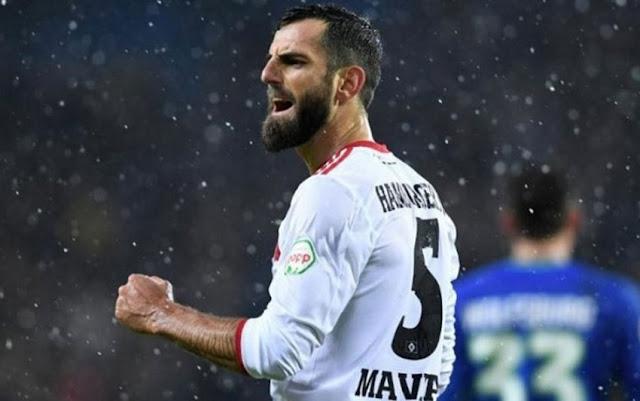 Mërgim Mavraj abandoned Aris of Thessaloniki for Ingolstadt  of 2 Bundesliga