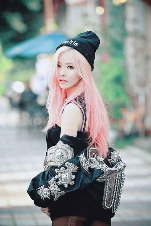 The World Of Ulzzang Colored Hair