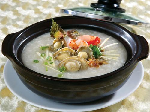Cháo bào ngư Úc nấu tôm lấy lại sức cho người bệnh