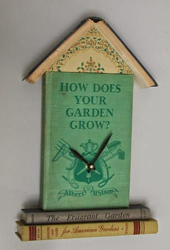 Leabhar love 5 crafty ways to reuse old books for How to reuse old books