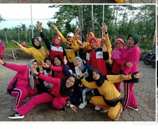 Anggota Kodim 0622/Sukabumi Jalin Silaturahmi Dengan Bina Warga Senam Sehat