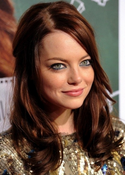 warna rambut auburn brown untuk kulit hitam