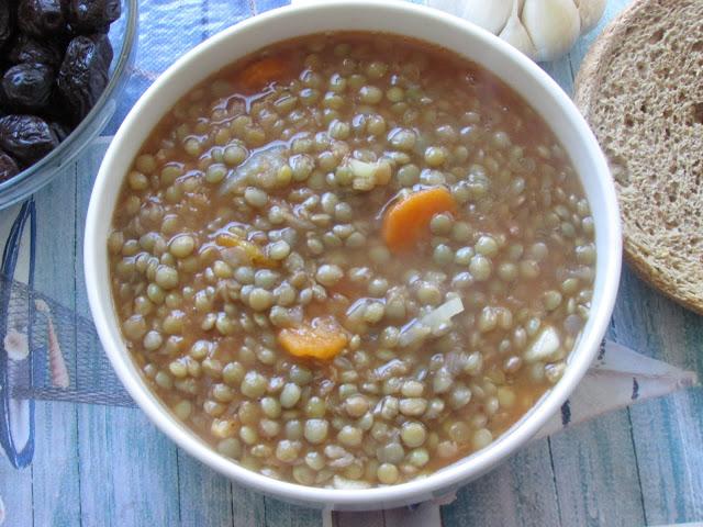 Fakes soupa, czyli zupa z soczewicy