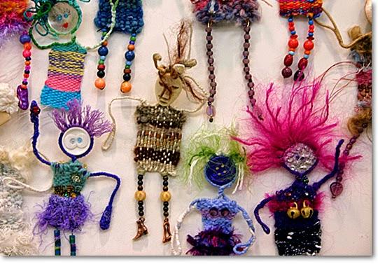 broches, muñecos, dolls, telares,manualidades