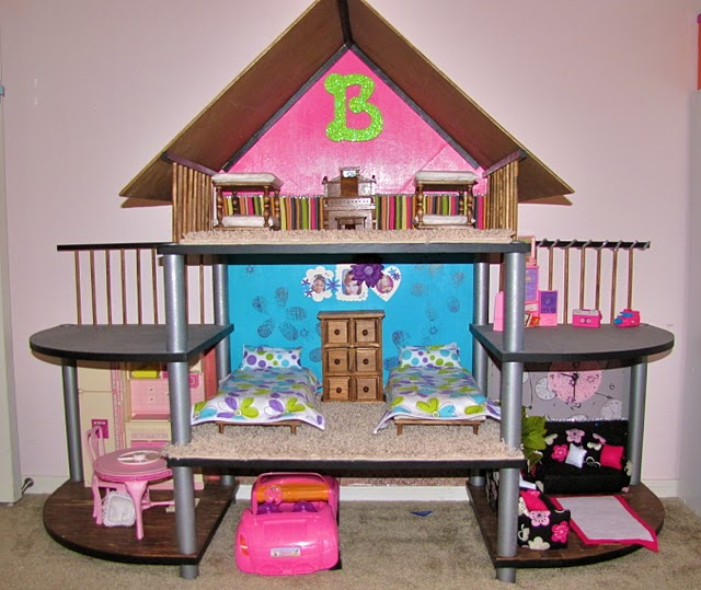 Cookie Nut Creations: Friday Feature {Barbie House}