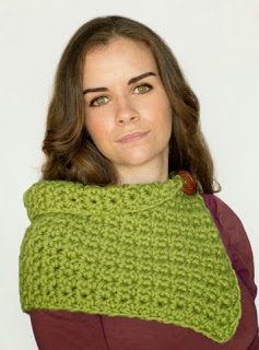 http://translate.google.es/translate?hl=es&sl=en&tl=es&u=http%3A%2F%2Fwww.hopefulhoney.com%2F2014%2F11%2Fwaterlily-scarf-crochet-pattern.html