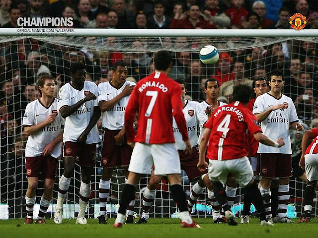 best photos of MUFC vs AFA rivalry