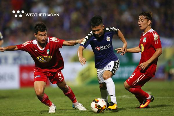 Trận đấu giữa câu lạc bộ Hà Nội và Hoàng Anh Gia Lai rất tiếc không có sự góp mặt của Tuấn Anh do chấn thương dài ngày.