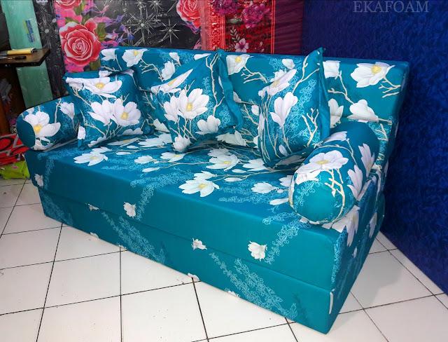 Sofa bed inoac motif Bunga Alya Tosca / ijo pupus