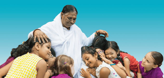 Mata Amritanandamayi gets honorary doctorate from Mysore varsity