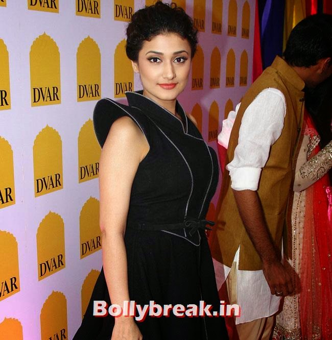 Ragini Khanna, Payal Rohatagi, Ragini Khanna at DVAR Luxury Store Launch