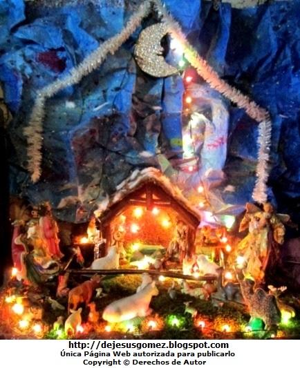 Foto al Nacimiento de Jesús en una casa familiar por Jesus Gómez