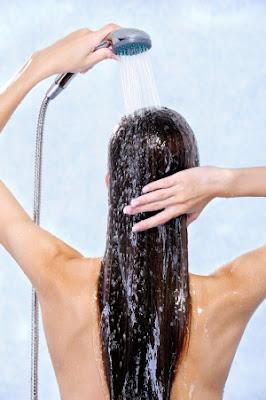 petrolatos nos cabelos lavagem