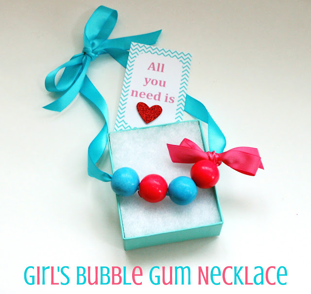 how to make bubble gum necklaces