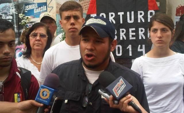 ¡A pesar de la agresión de colectivos! Caraqueños rindieron homenaje a jóvenes caídos el 12F