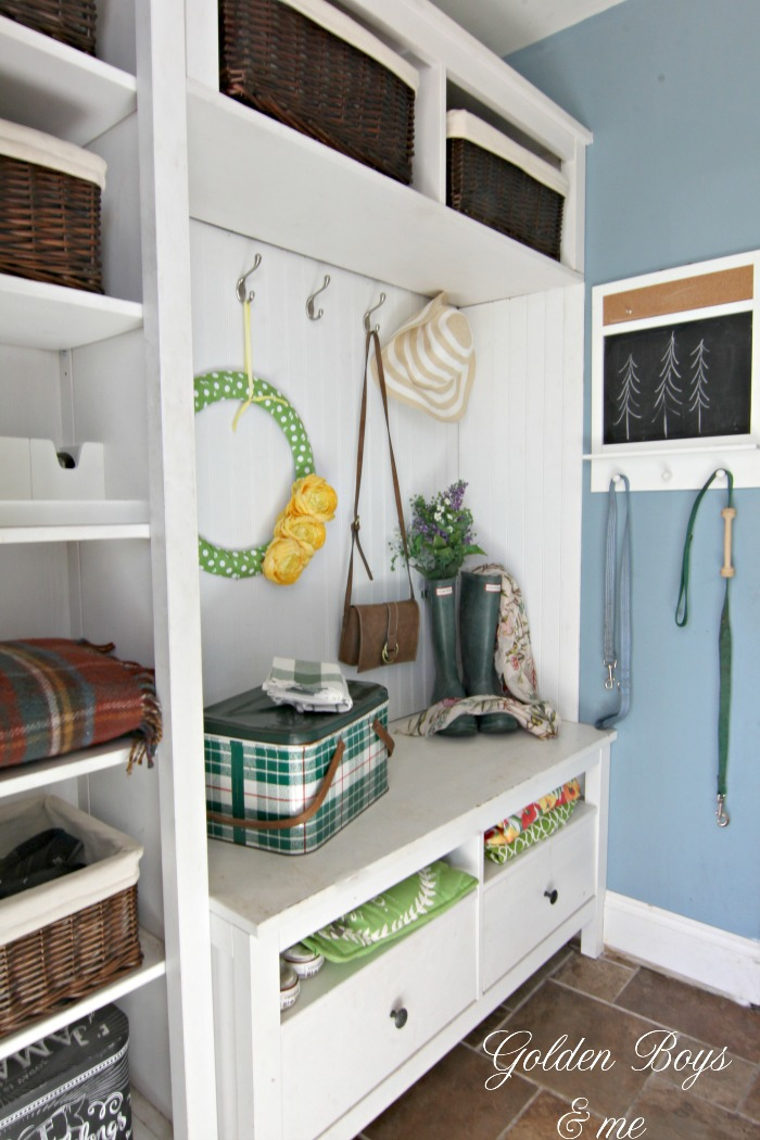 Spring decor in Ikea hack mudroom - www.goldenboysandme.com