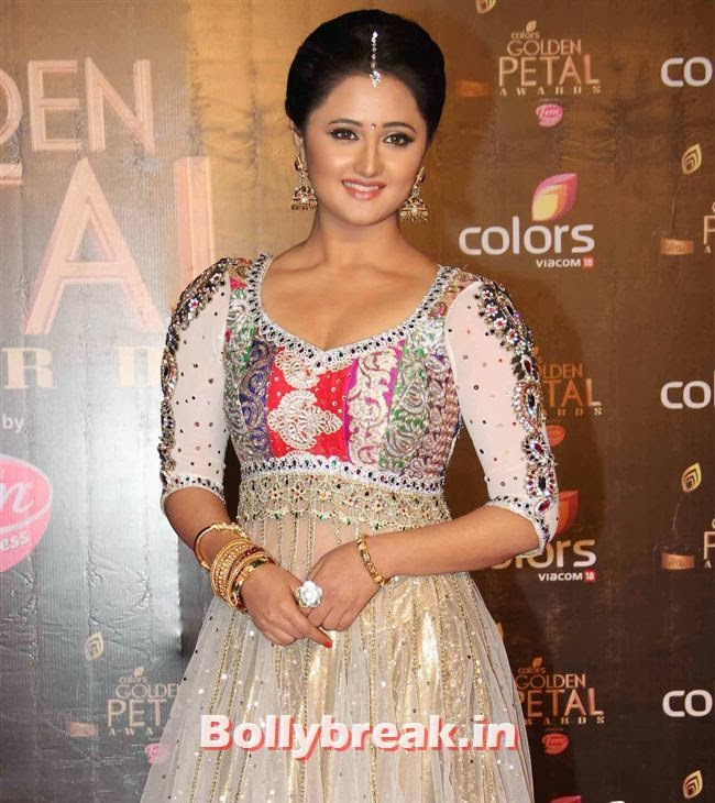 Rashmi Desai Colors Tv 3rd Golden Petal Awards, Colors Tv 3rd Golden Petal Awards