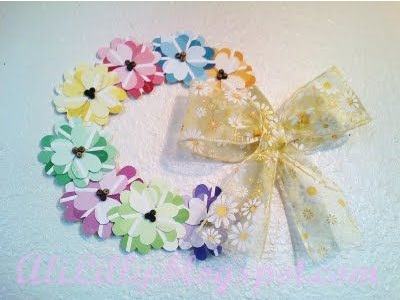 15. Rangkaian bunga terbuat dari kartu warna cat.