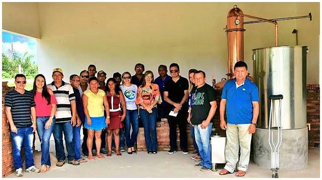 Sebrae realiza visita técnica à agroindústria de tiquira em Urbano Santos