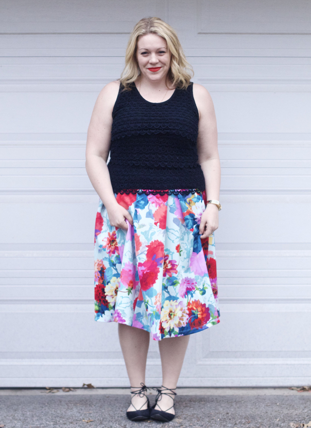 Spring summer outfit idea with flora skirt