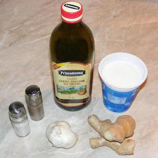 retete sos de ghimbir cu iaurt si usturoi, cum se face sosul de ghimbir, ingrediente sos de ghimbir, cum facem dressing de ghimbir cu iaurt si usturoi, retete culinare din bucataria indiana,