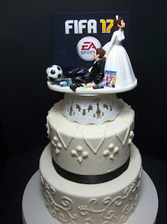 Top PS4 Wedding Cake Toppers