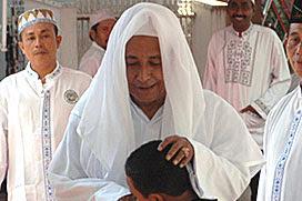 Jawaban Bijak Habib Lutfi bagi Suami Istri yang Ingin Segera Punya Momongan