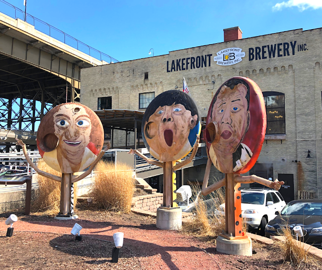 Lakefront craft brewery tour in Milwaukee, Wisconsin