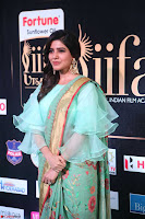 Samantha Ruth Prabhu Smiling Beauty in strange Designer Saree at IIFA Utsavam Awards 2017  Day 2  Exclusive 47.JPG