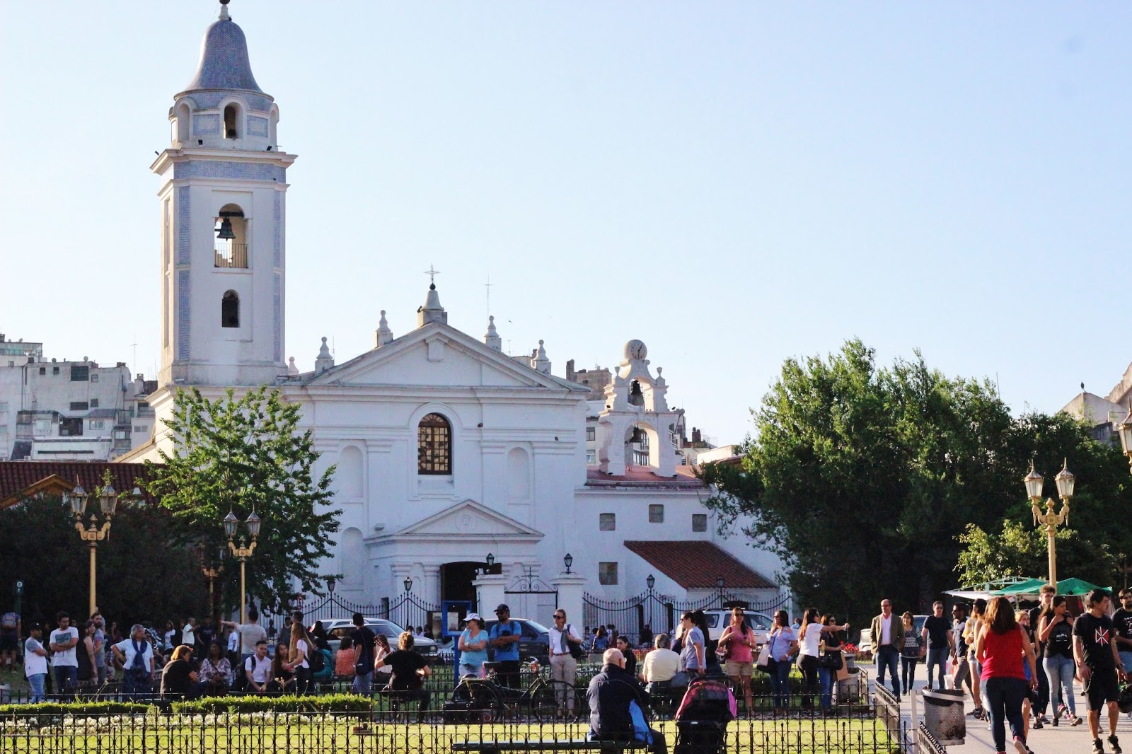iglesia plaza francia